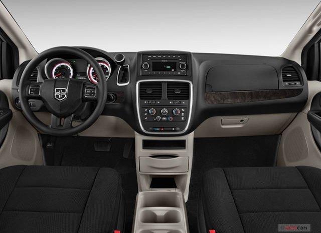 Dodge Caravan 2012 completo