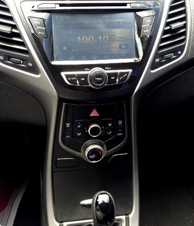 Hyundai Avante 2015 completo